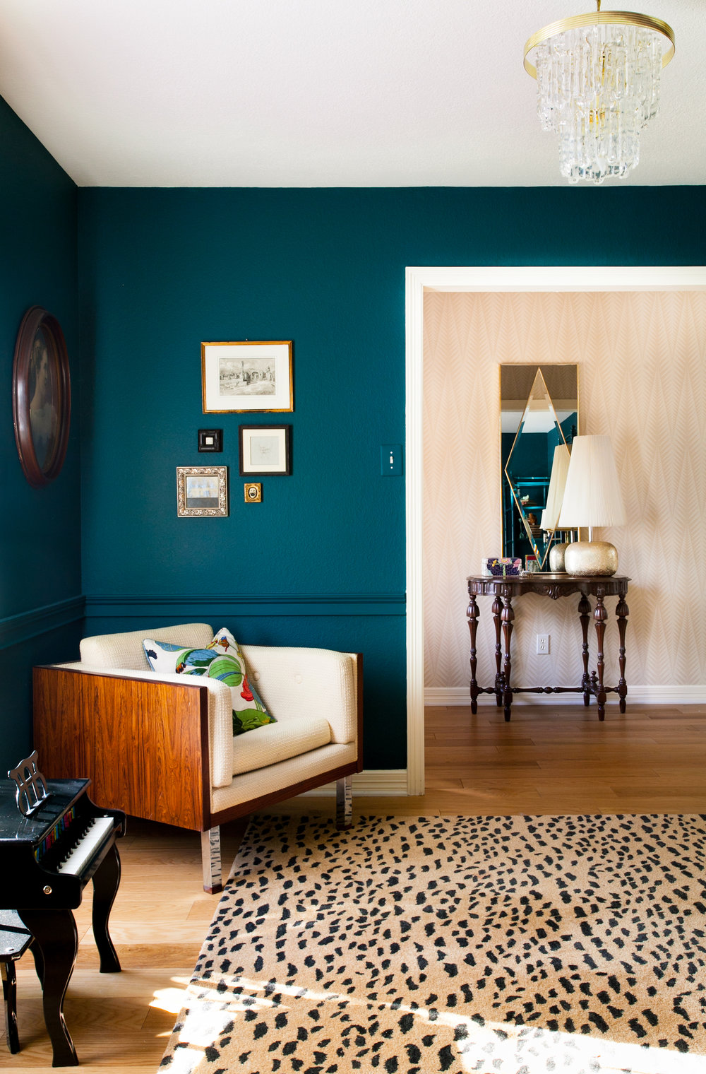 Marine Jewel Toned Paint Living Room Modern Neutral Leopard Rug
