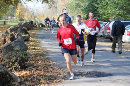 V sobotu startuje nejstarší maraton v Čechách, memoriál běžeckého náčelníka