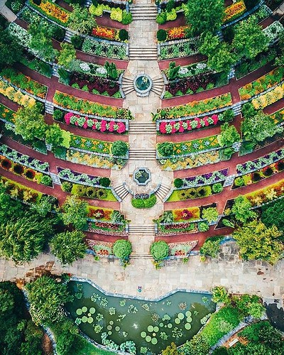 A dreamy view of @sarahpdukegardens from above.