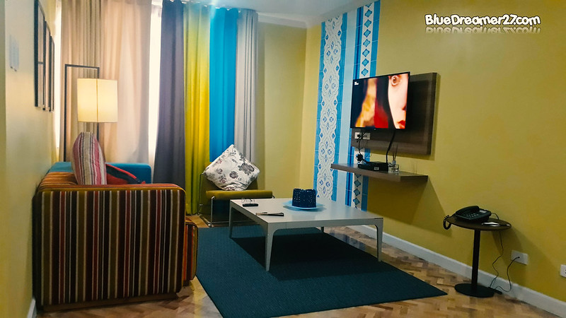 parque-españa-alabang-living-room