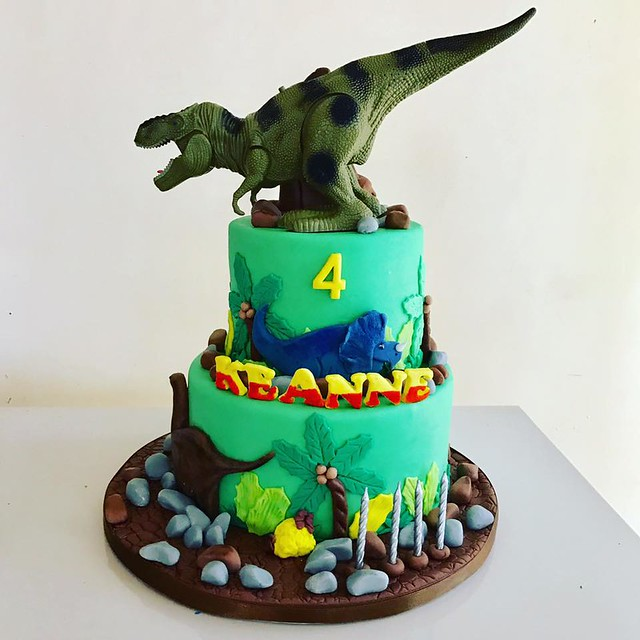 Dinosaur Themed Fondant Cake from Cake Project by Mary Ann