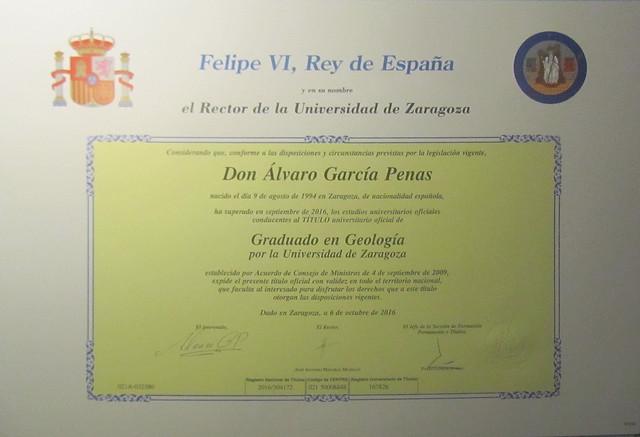 Álvaro, graduado en la Uni :_ )