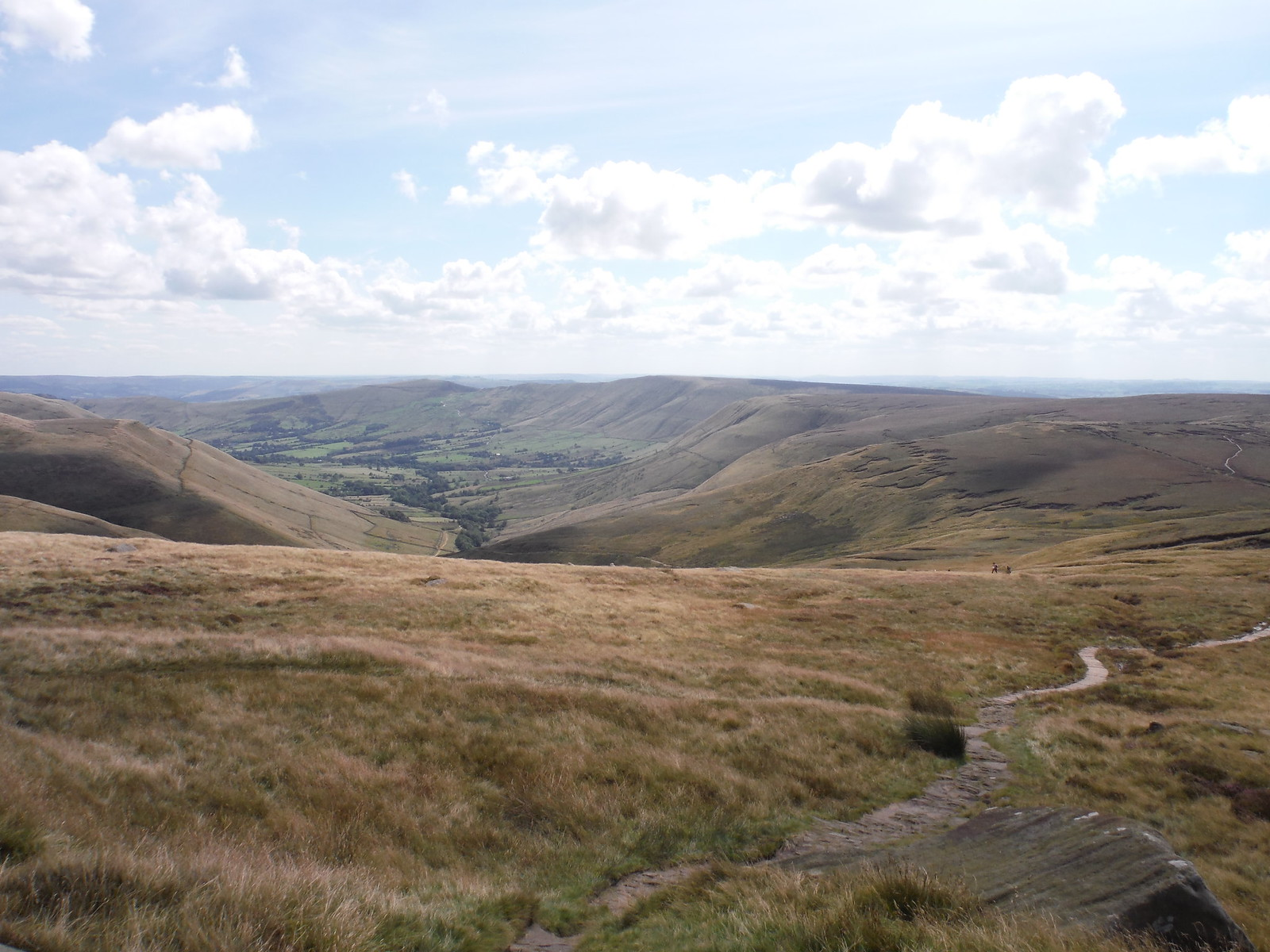 Vale of Edale and Great Ridge, from Swine's Back SWC Walk 303 - Edale Circular (via Kinder Scout and Mam Tor)