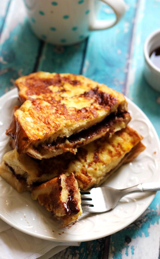 Hazelnut-Cocoa Mascarpone Stuffed French Toast Sandwiches