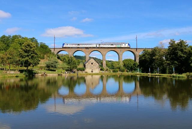 Train intercités 15943 l'Aubrac [(Clermont) - Neussargues - Béziers]