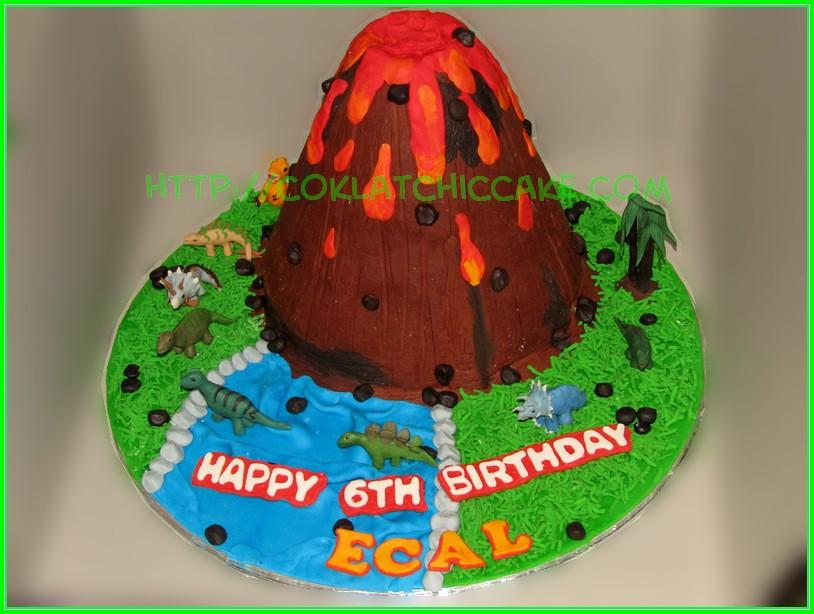 Cake Volcano Dino