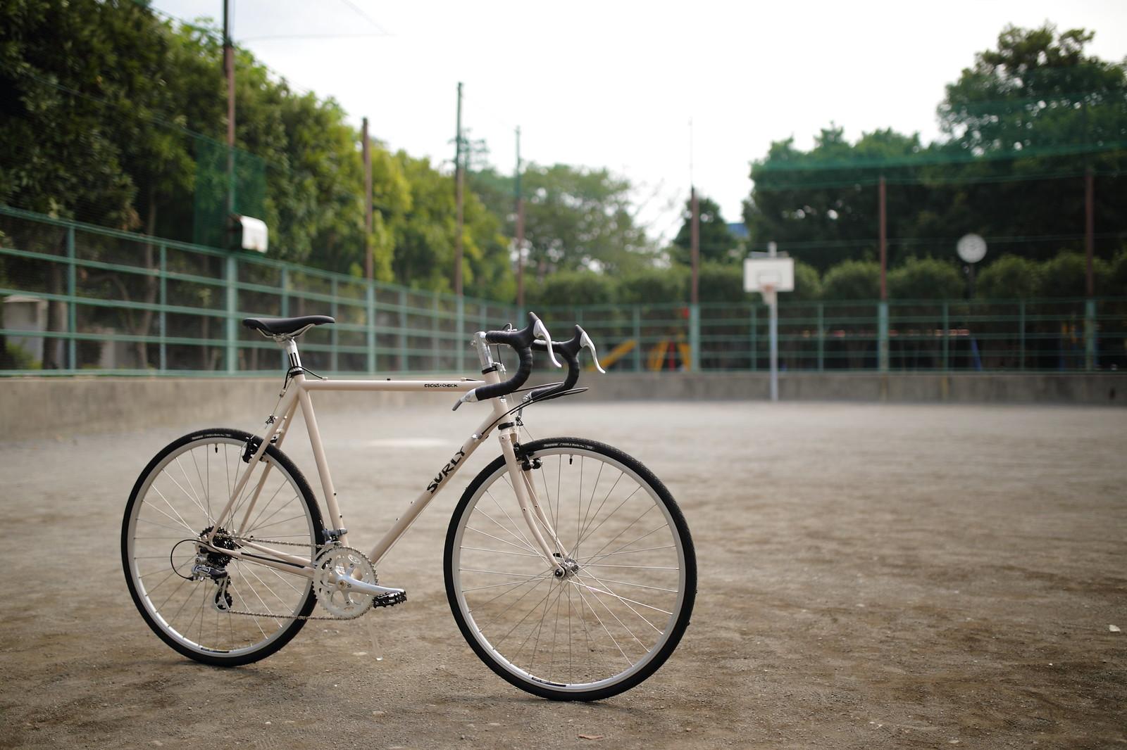 *SURLY* cross check complete bike 56