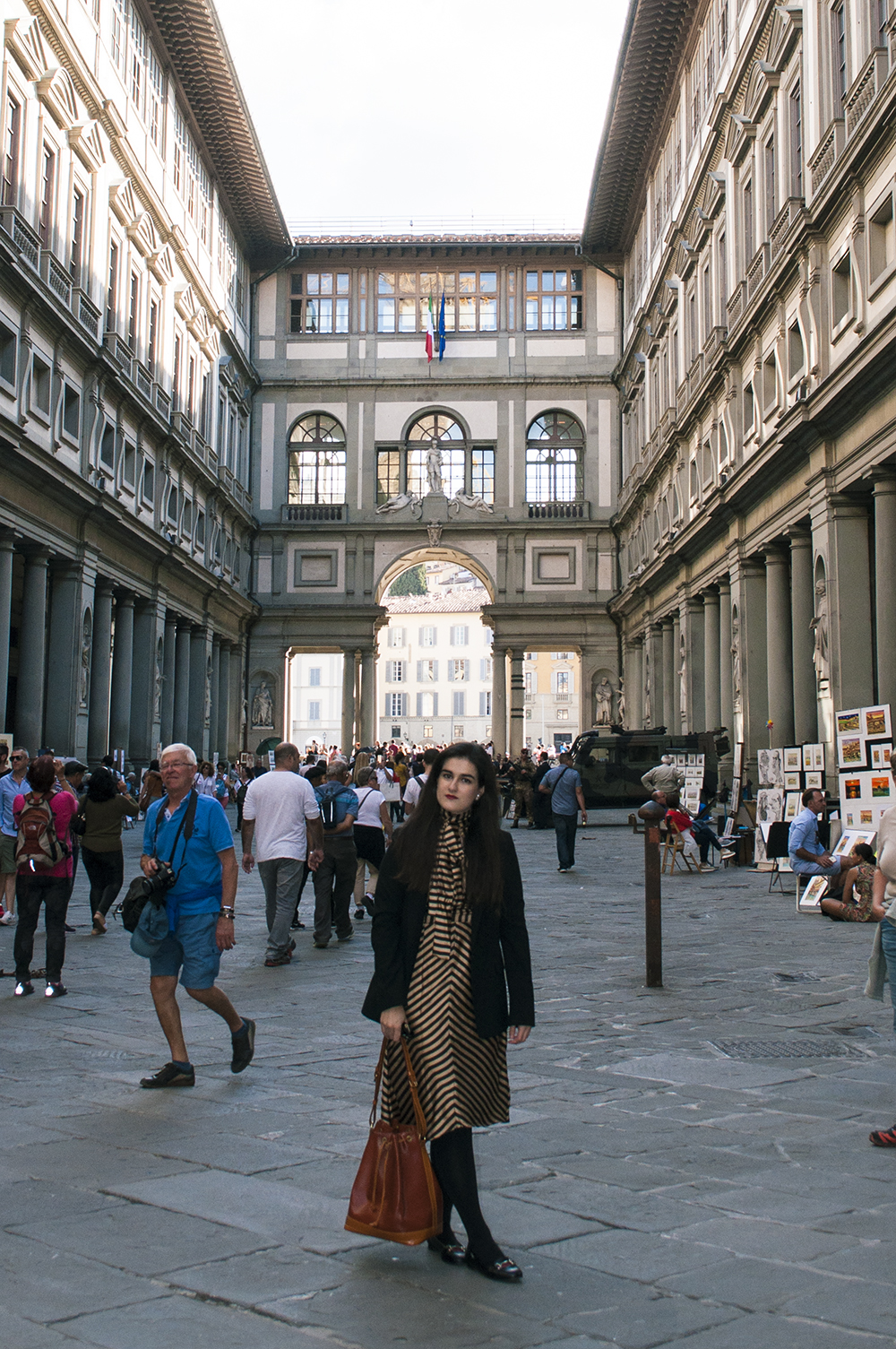 something fashion blogger influencer streetstyle galleria degli uffizi spain firenze italianbloggers what to wear_0249 copia