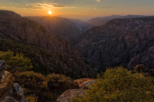 blackcanyonofthegunnisonnationalpark co colorado sunsetview canyon sunset montrose unitedstates