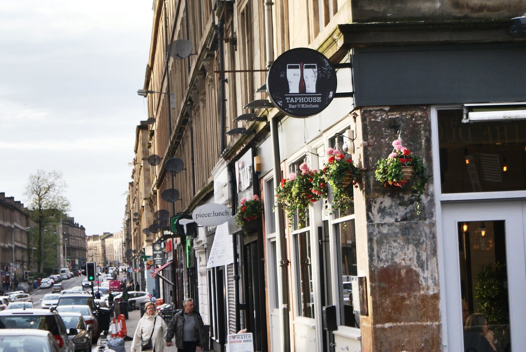 Argyle street, colonne vertébrale du quartier hipster de Finnieston, Glasgow.