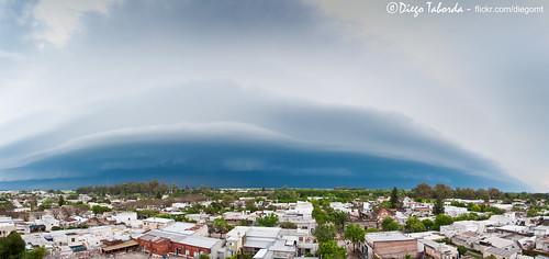 Frente de tormenta avanzando sobre Gálvez...