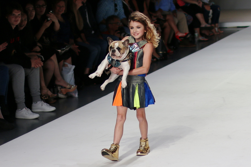 dog-kid-model-janelle-funari-new-york-nyfw-stylefw-4