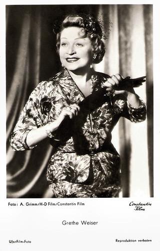 Grethe Weiser in Die Sieben Kleider der Katrin (1954)
