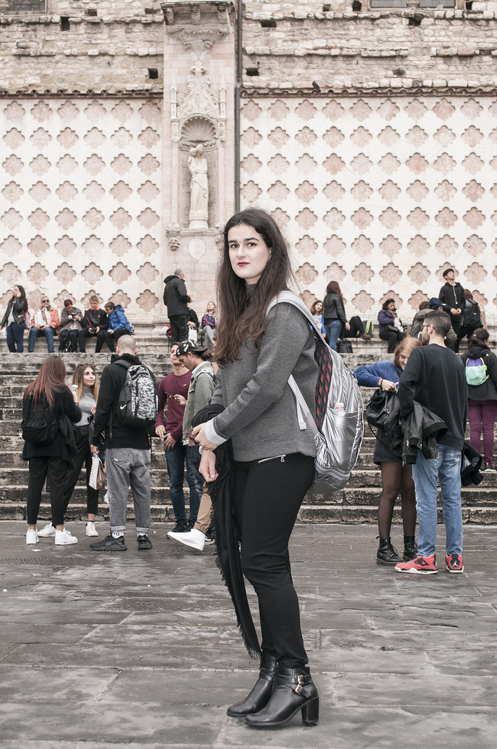 something fashion blogger influencer streetstyle firenze spain italianbloggers day trip erasmus perugia experiences studying abroad_0369