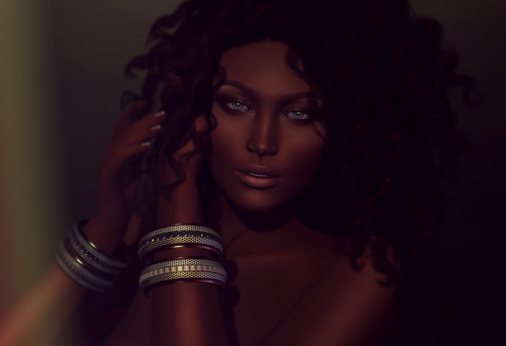 (Kunglers) Ionna Bracelet - AD - TeleportHub.com Live!