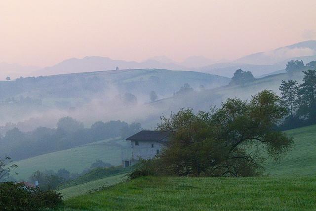 Pyrenäen Morgennebel