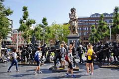Rembrandtplein - Rembrandt monument