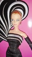 2004 45th Anniversary Barbie by Bob Mackie (Caucasian) (6)