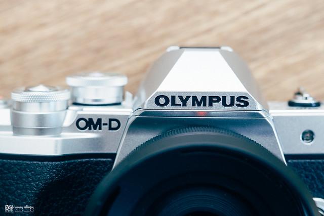 復古容貌的新刻印:Olympus E-M10 III | 25
