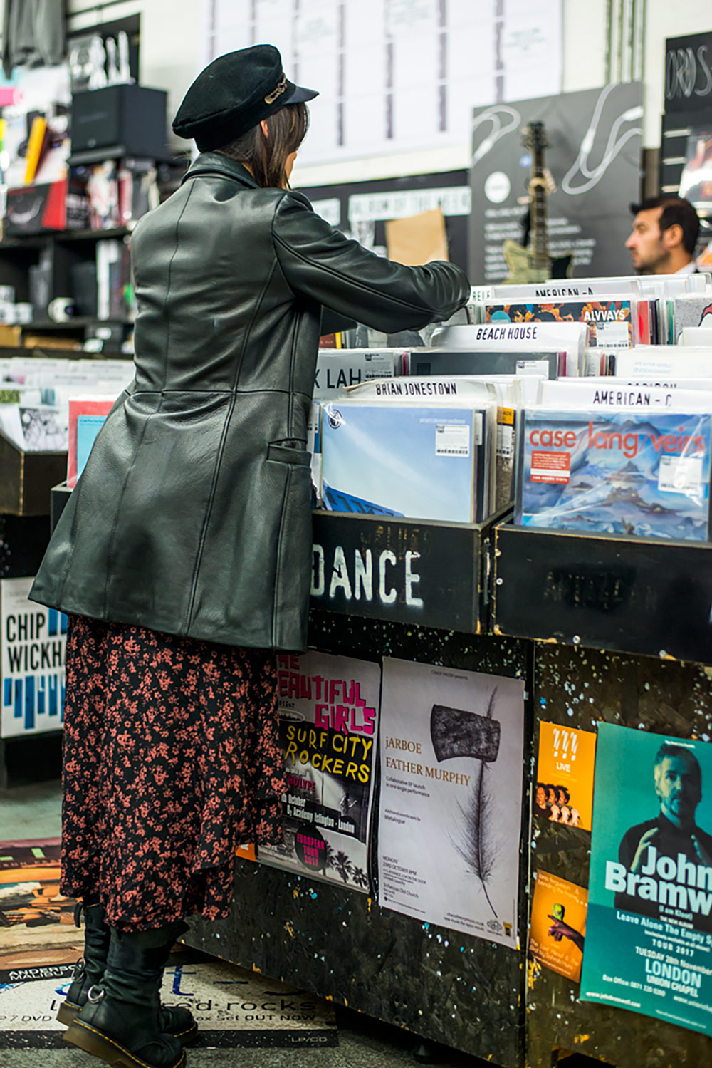 Record Shopping With.. NUUXS