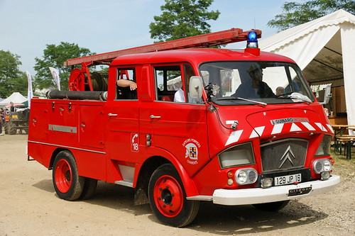 Citroën_fire_engine_in_France