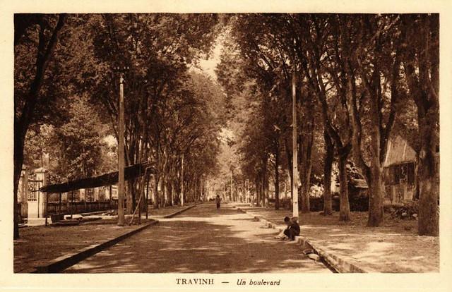 TRAVINH - Un boulevard - Một đại lộ ở Trà Vinh