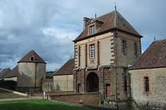 Porterie du Château de la Rivière