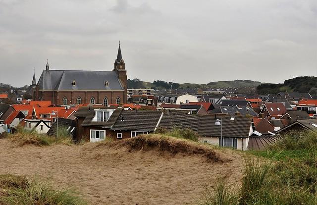 Tussen de duinen / Between the dunes........on Explore