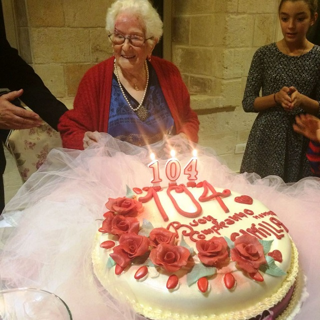 Noicattaro. Nonna Camilla compie 104 anni intero1