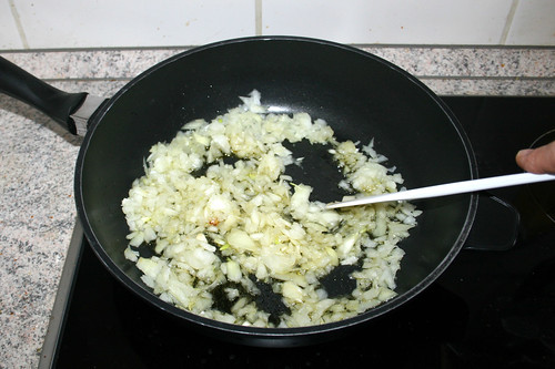 41 - Zwiebel andünsten / Braise onion