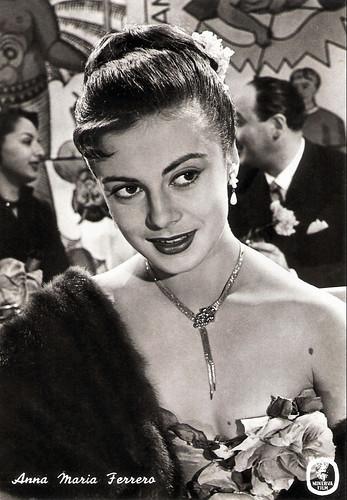 Anna Maria Ferrero in Canzoni di mezzo secolo (1954)