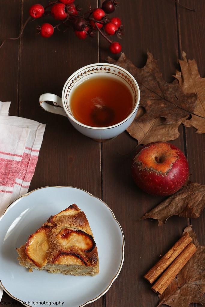 Torta integrale di mele con nocciole 8