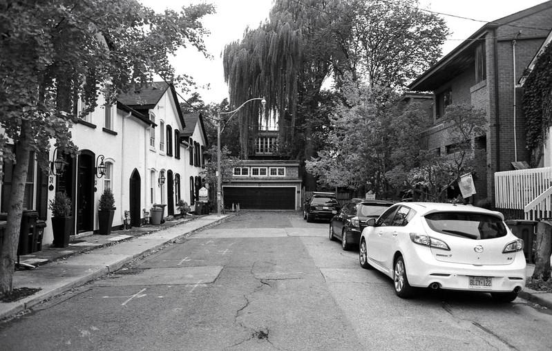 Dead End Yorkville Street II