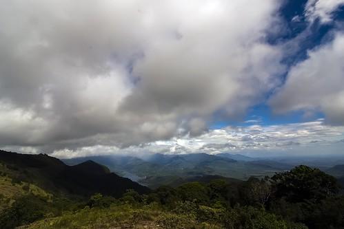 karaiyar dam nellai tirunelveli tamilnadu india waterbody forest kuthuraivetti viewpoint clouds tokina 1116mm nikon iamnikon d90 travel landscape yesmkphotography muthukumar