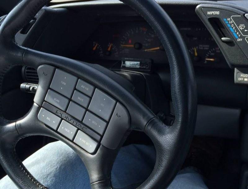 1991 Pontiac Grand Prix GTP radio and trip computerew