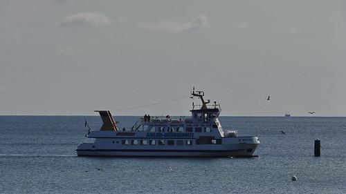 Die blaue Tiefe der Ostsee vor Rügen wie ein Himmel unsrer Träume nichts mehr als Sintflut, nur noch die Ferne am Horizont 01955