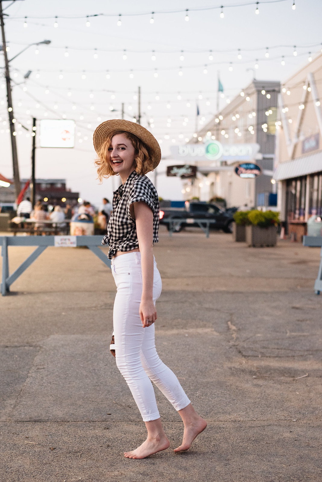 Gingham Shirt, White Jeans, and Straw Boater Hat on juliettelaura.blogspot.com