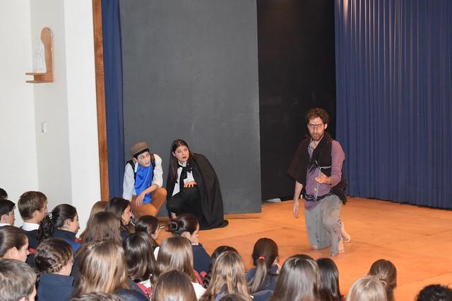 Compañía de teatro del Instituto de Literatura debuta en Colegio San Francisco de Asís