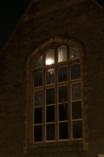 yesterday's moon. (kasiainwales)
