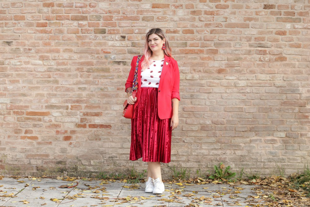 Outfit plus size, rosso su rosso (2)