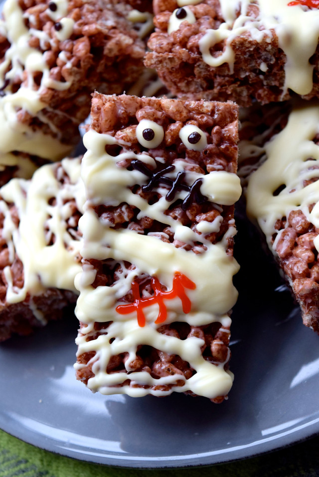 Mummified Cocoa Pops Treats   www.rachelphipps.com @rachelphipps