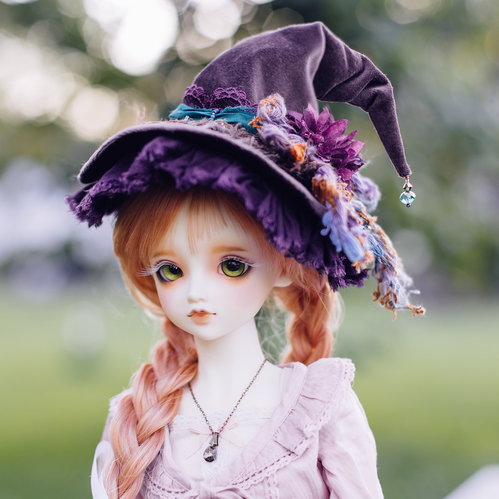 Witch hat on size 9-10 head