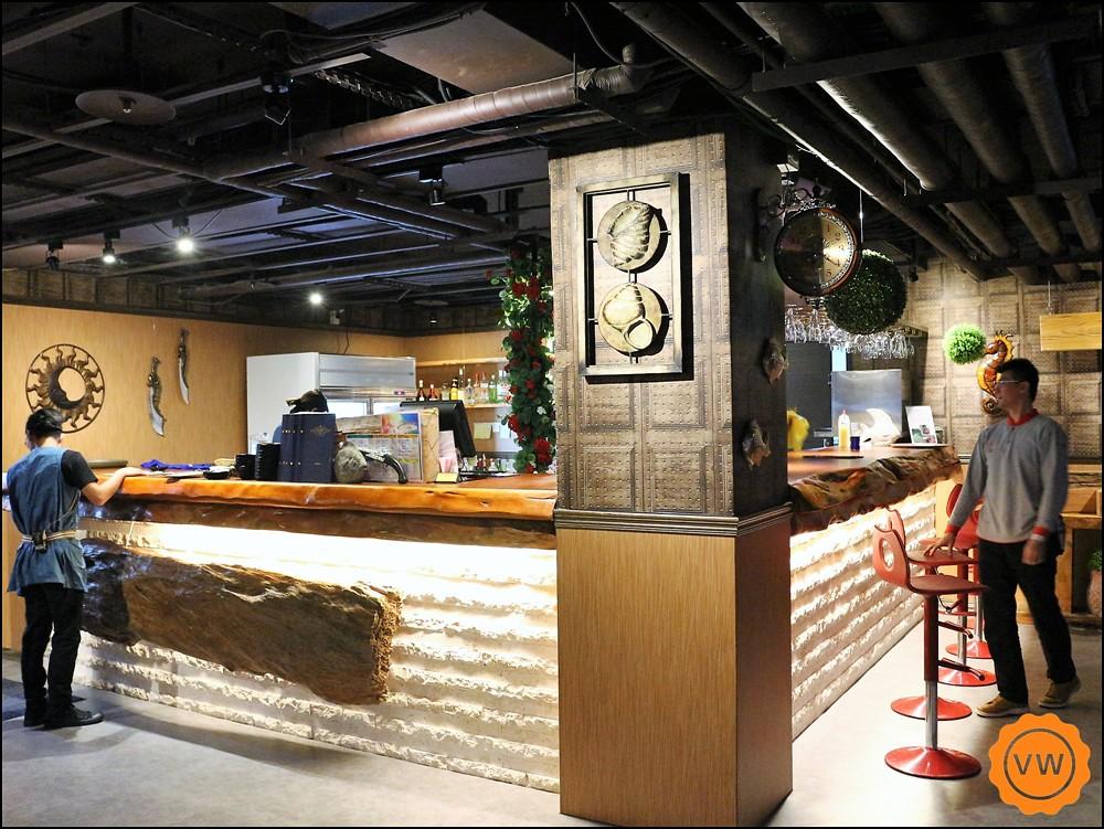 海神殿 Pub & Sport Bar