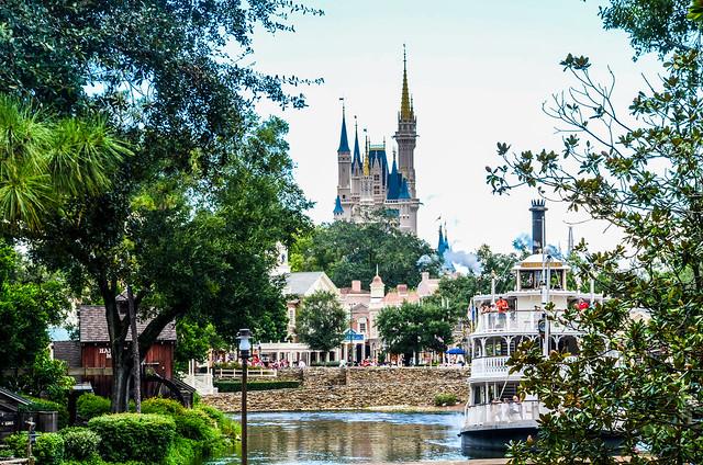 Castle boat wide MK