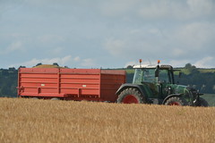 Fendt 716 Vario Tractor with a NC Trailer