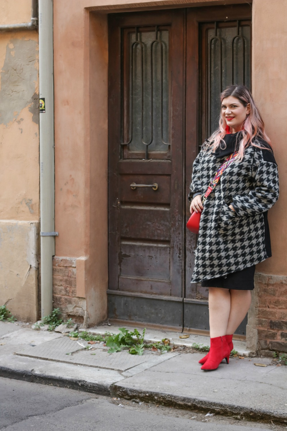 outfit plus size, kik taglie comode, cappotto handmade riot clothing space (4)