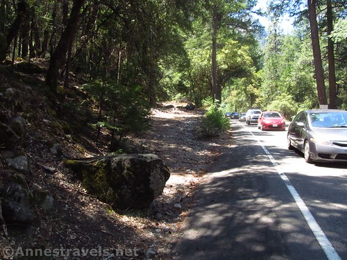 The beginning of the Old Carriage Road in Yosemite National Park, California