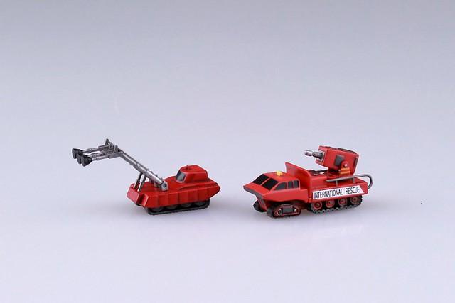 AOSHIMA《雷鳥神機隊》雷鳥2號&救援機組 1/350比例組裝模型 !サンダーバード2号&救助メカ
