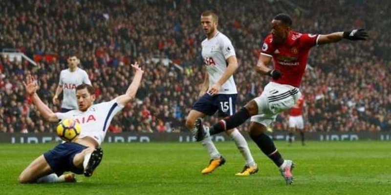 Anthony Martial Kirim Pesan pada Jose Mourinho