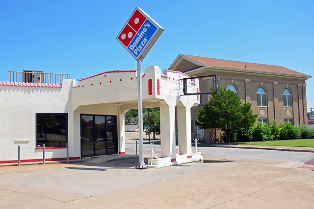 Texas, Fort Worth, Former Sinclair Gas Station
